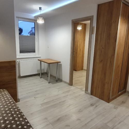 Pokój nr 4, rodzinny 2 pomieszczenia